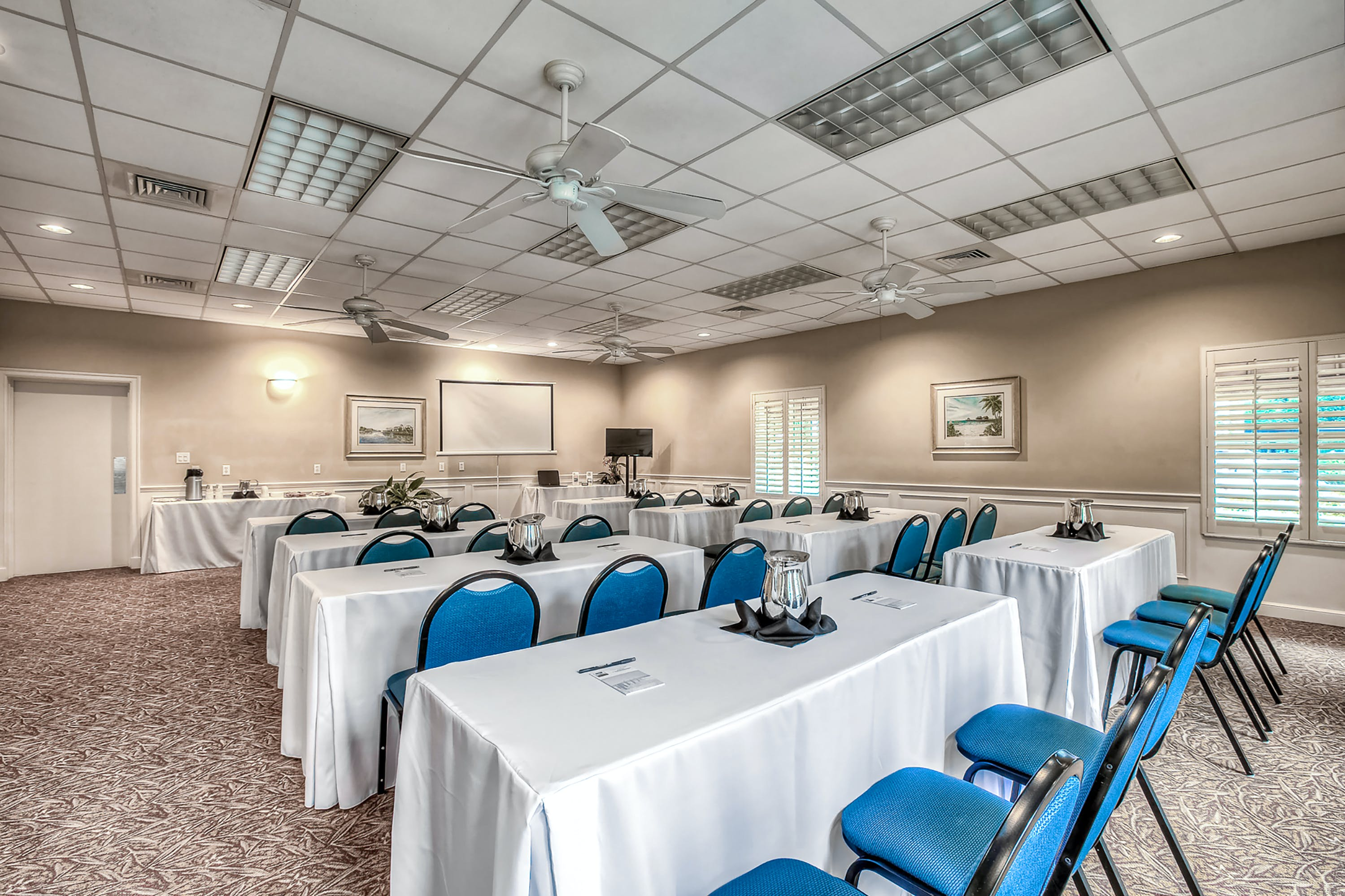 Tuscan Room meeting space with classroom-style setup