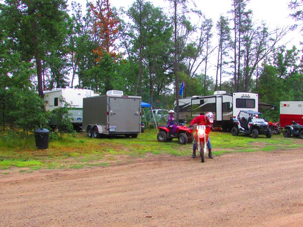 RV campground with Lincoln hills trail access at Best Bear Lodge & Campground