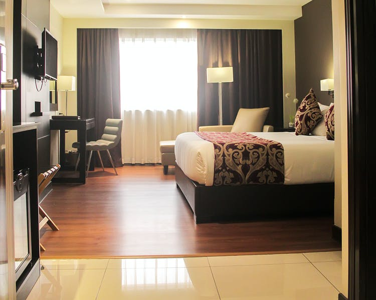 Home | Brentwood Suites