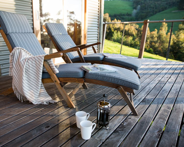 Anderley Tandara Cottage wide spacious deck for lounging