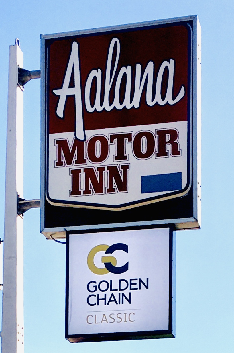 Golden Chain Aalana Motor Inn