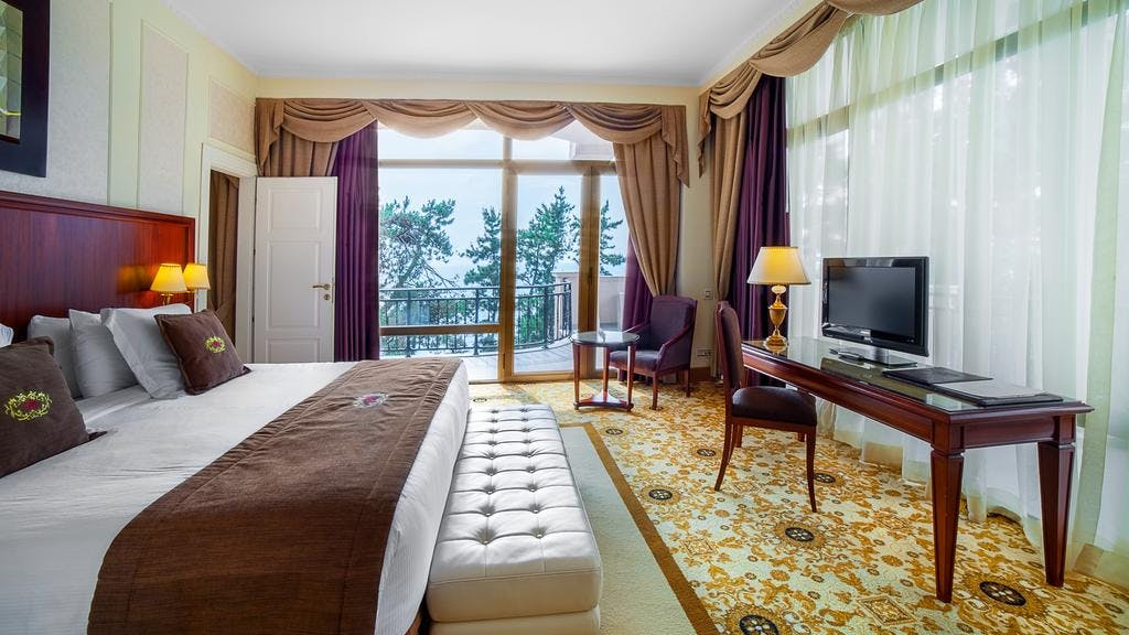 Executive Suite Room - Bedroom