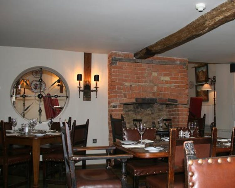 Queens Head Inn Restaurant