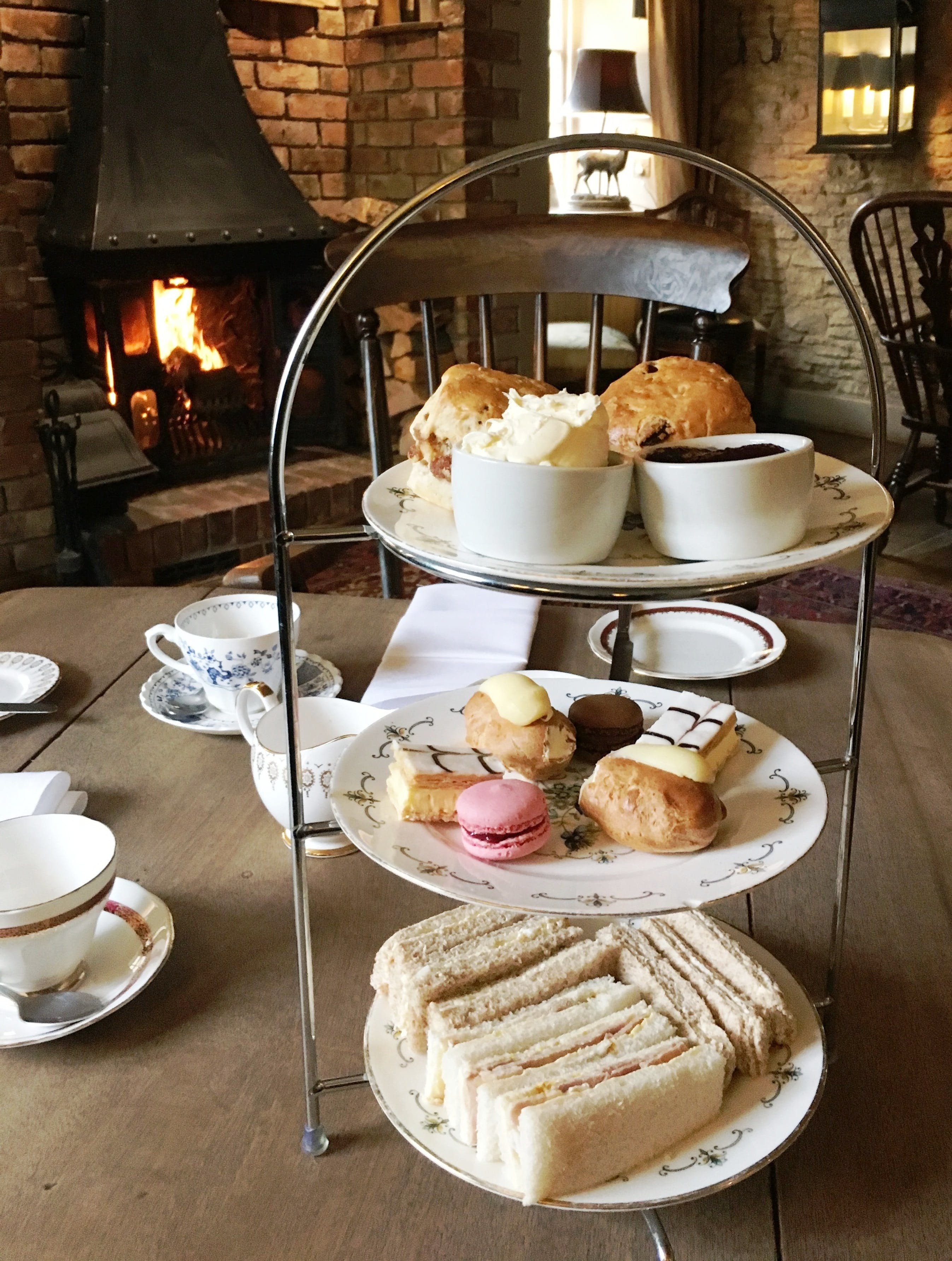 Classic Afternoon Tea @ the Queens Head inn