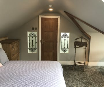 Castle View Double Deluxe En suite Bedroom