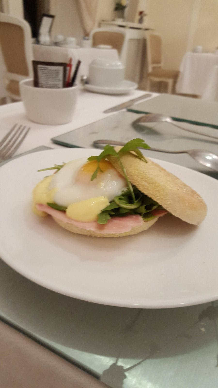 Breakfast Eggs Benedict Muffin