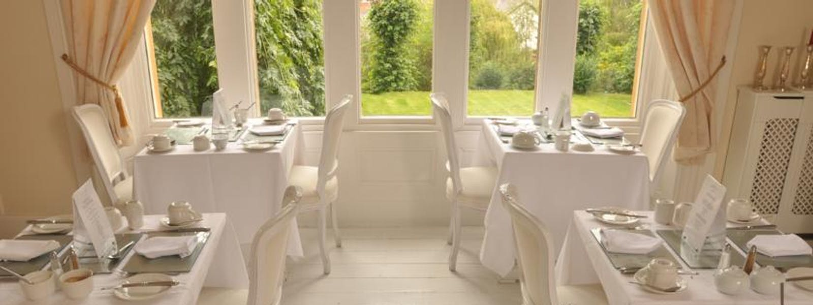 Breakfast Room overlooking garden