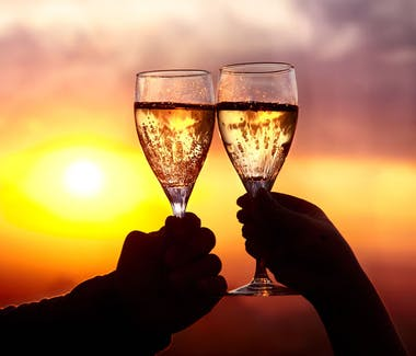 Champagne sunset tours available in Hervey Bay. The staff at The Beach Motel can book on your behalf when you stay with us.
