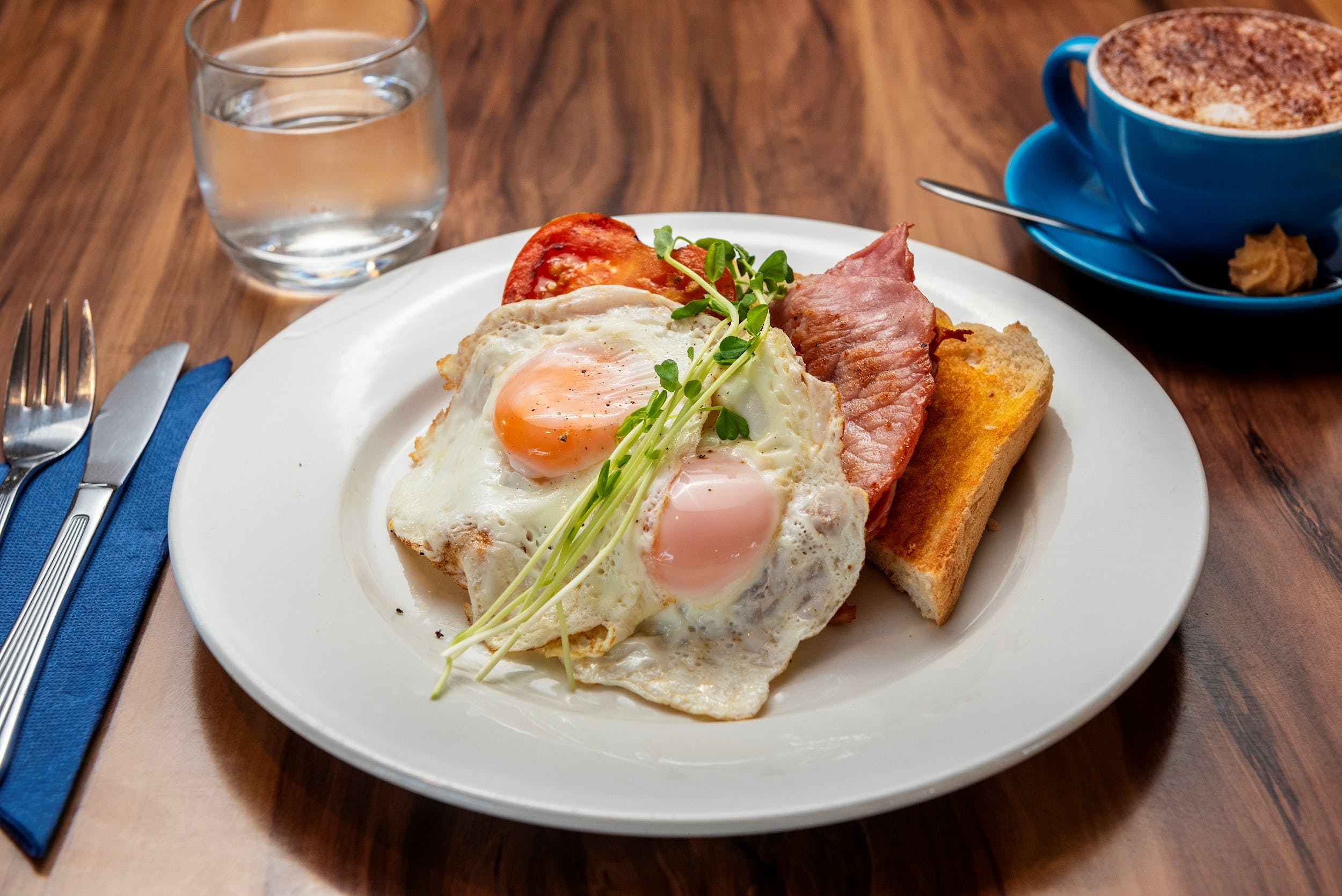 Breakfast can be served in the Seaside Restaurant or delivered to your room