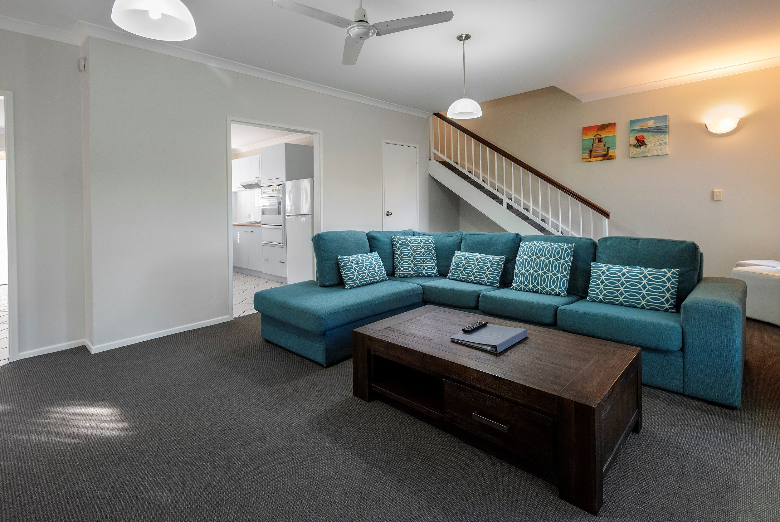 Family Apartment, spacious with full kitchen and serviced daily in Hervey Bay