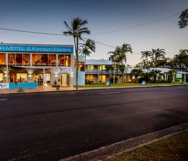 Function venue on the Beach in Hervey Bay Queensland