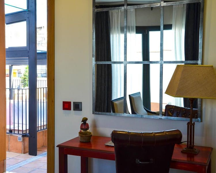 DELUXE one bedroom PENTHOUSE. Aguilas5 SevillaSuites