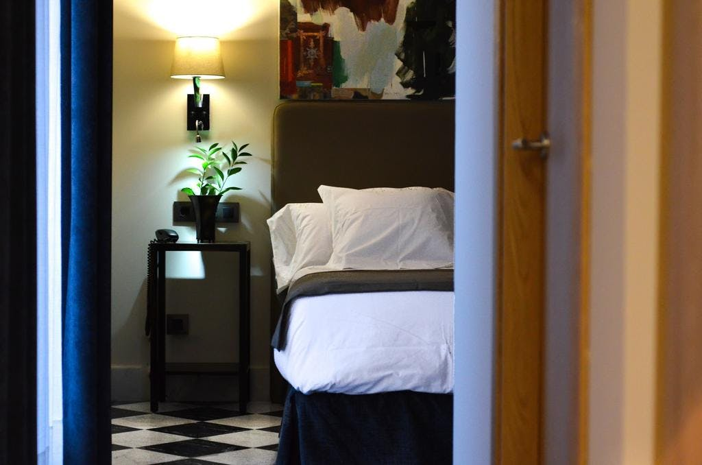 DELUXE one bedroom apartment. Aguilas5 SevillaSuites