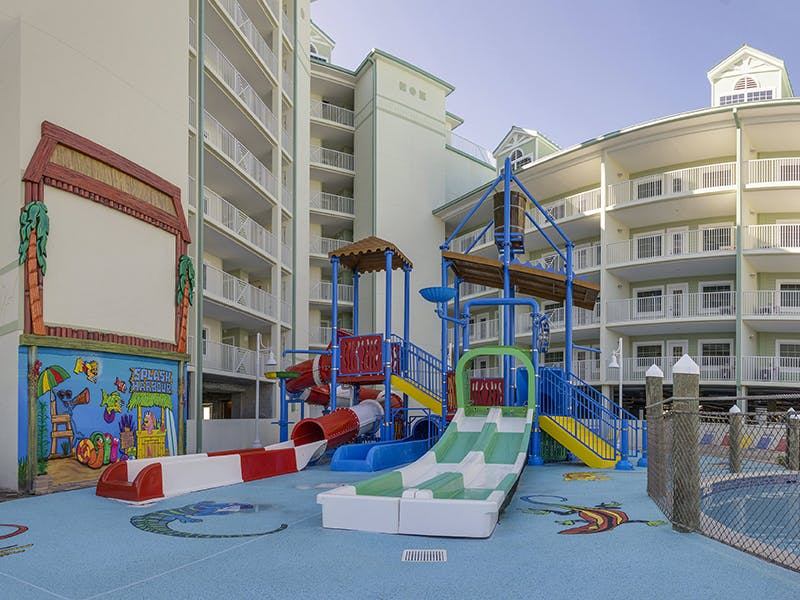 Harbourside At Marker 33, Indian Rocks Beach, 1 or 2 bedroom Condos. Waterpark. Waterslides. Kiddie Water Park