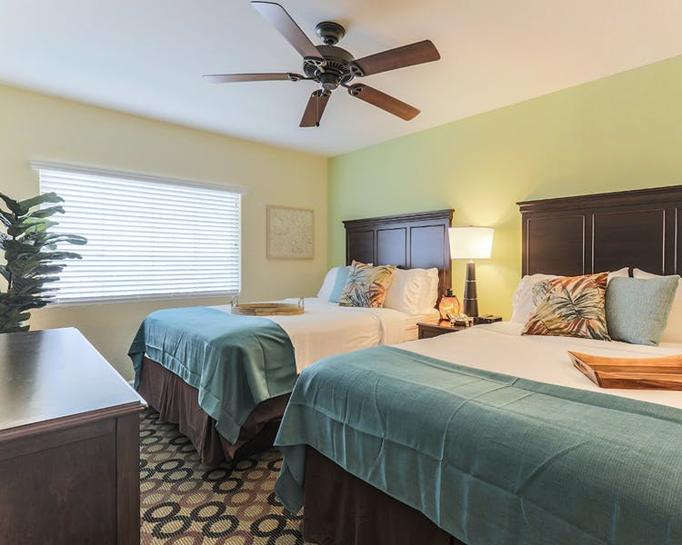 Harbourside At Marker 33, Indian Rocks Beach, 1 or 2 bedroom Condos. Bedroom.