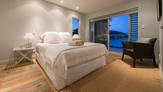 Oneroa - Room with sea views and exclusive external bathroom