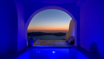 Abyssos Suite with Jacuzzi |Caldera, Sea & Sunset View|