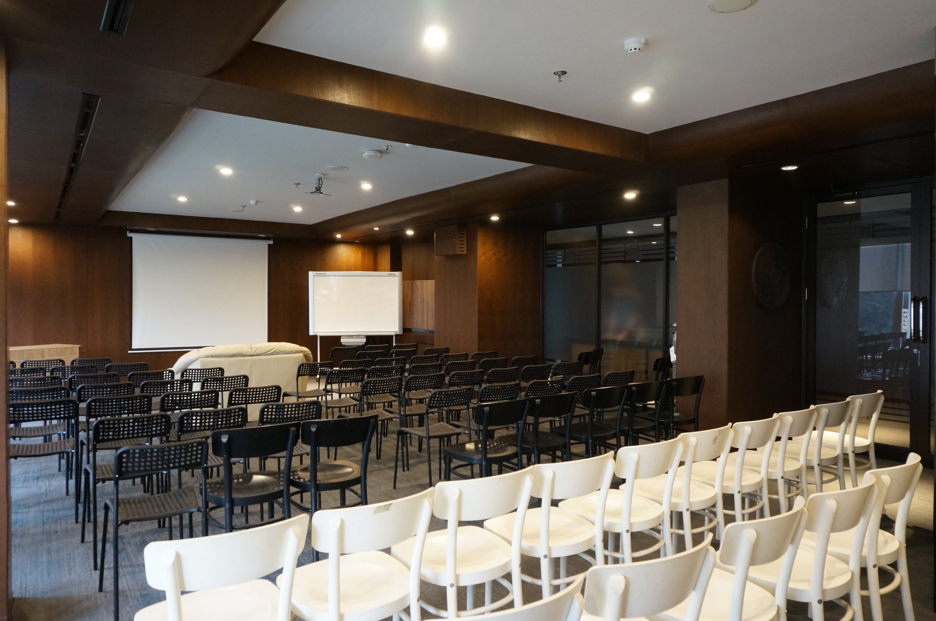 Ranca Meeting Room-1