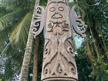 Totem pole in our garden 1