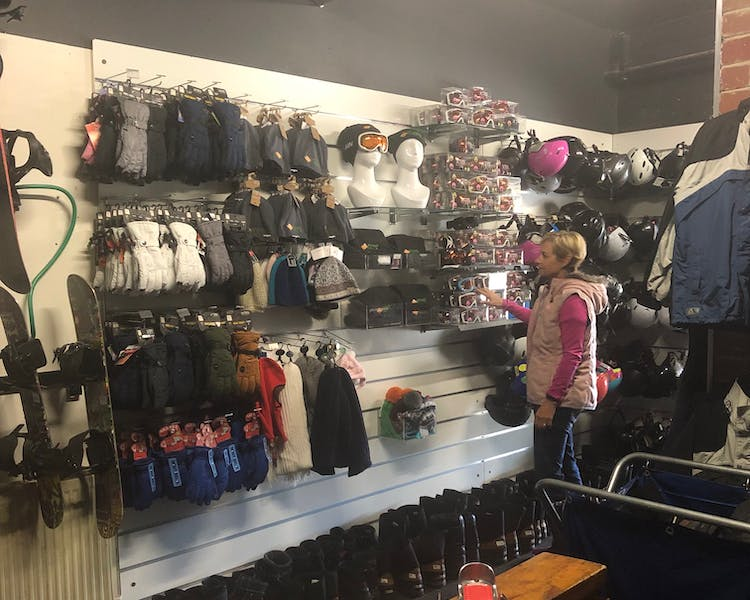 Ski Shop to buy googles, beanies and gloves