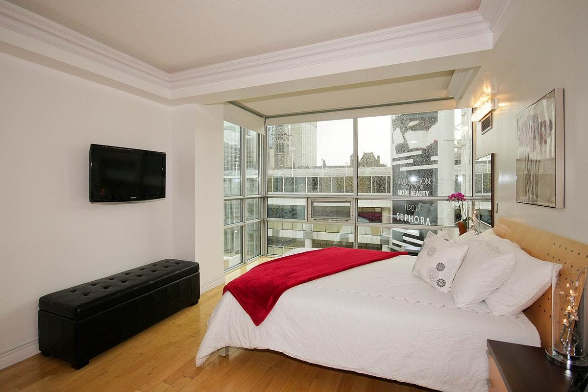 Yonge Suites Split Level 2 Bedroom Suite Penthouse E Master Bedroom