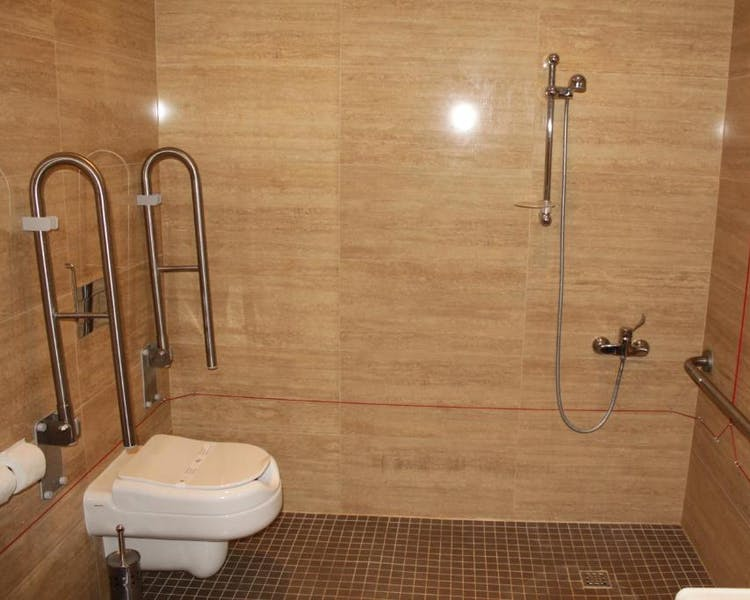 WC Quarto Superior Adaptado