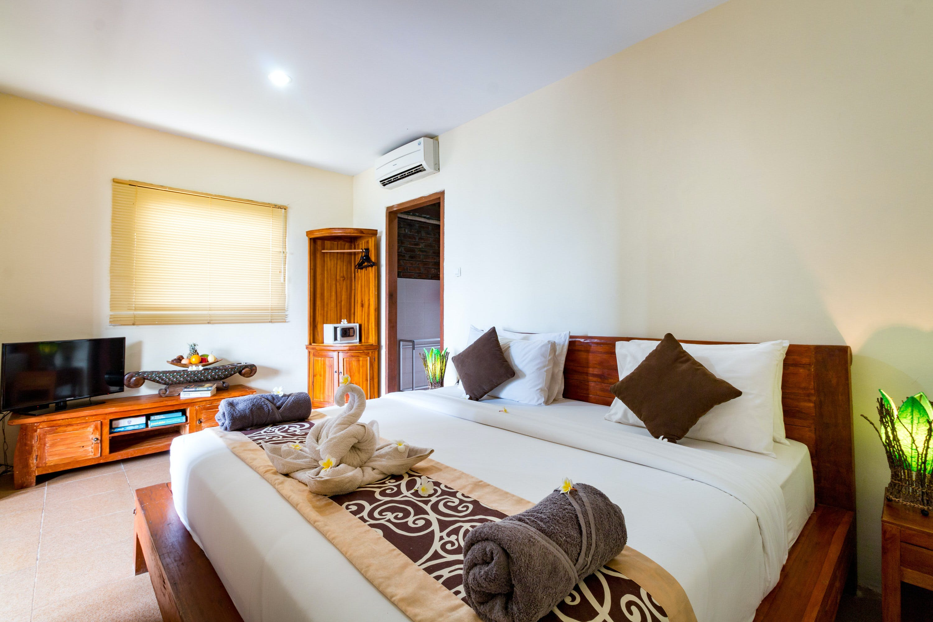 Ocean View Room at Sea Medewi Resort, best hotel for surfing, yoga, and enjoy Medewi beach in Negara