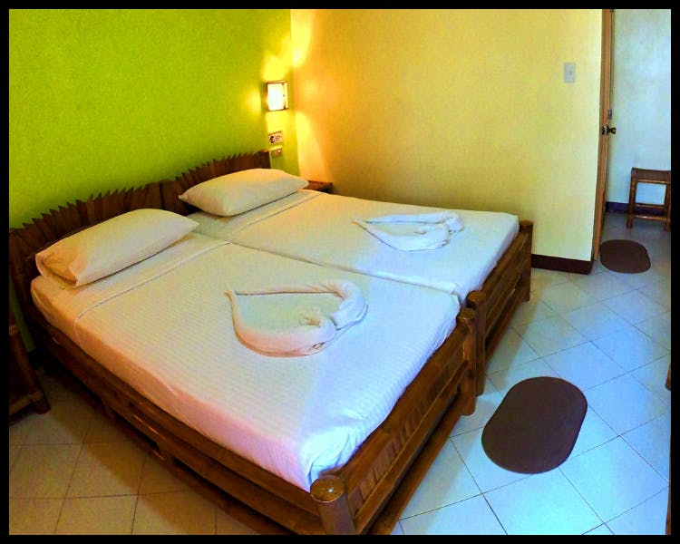 Resort Accommodation Cheap Affordable Malapascua Island Exotic Rooms Room Dive Centre