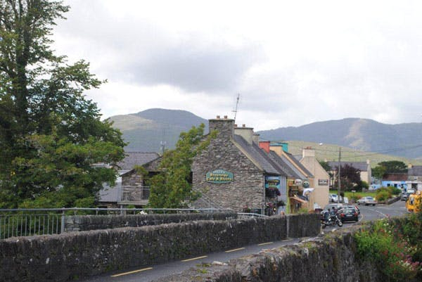 Things to do in Sneem - Sneem Bridge and Mountains