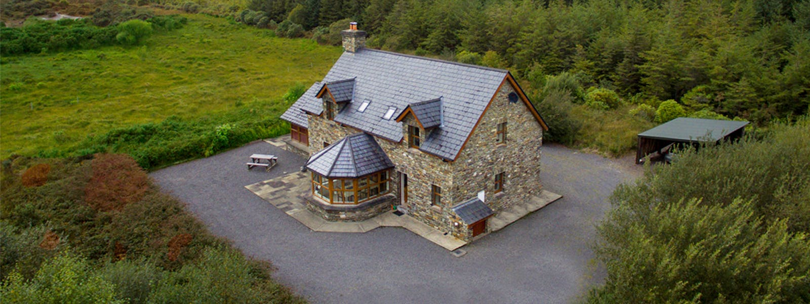 Álaind Lodges B&B Sneem - Book Your Hotel in Sneem Stay Today
