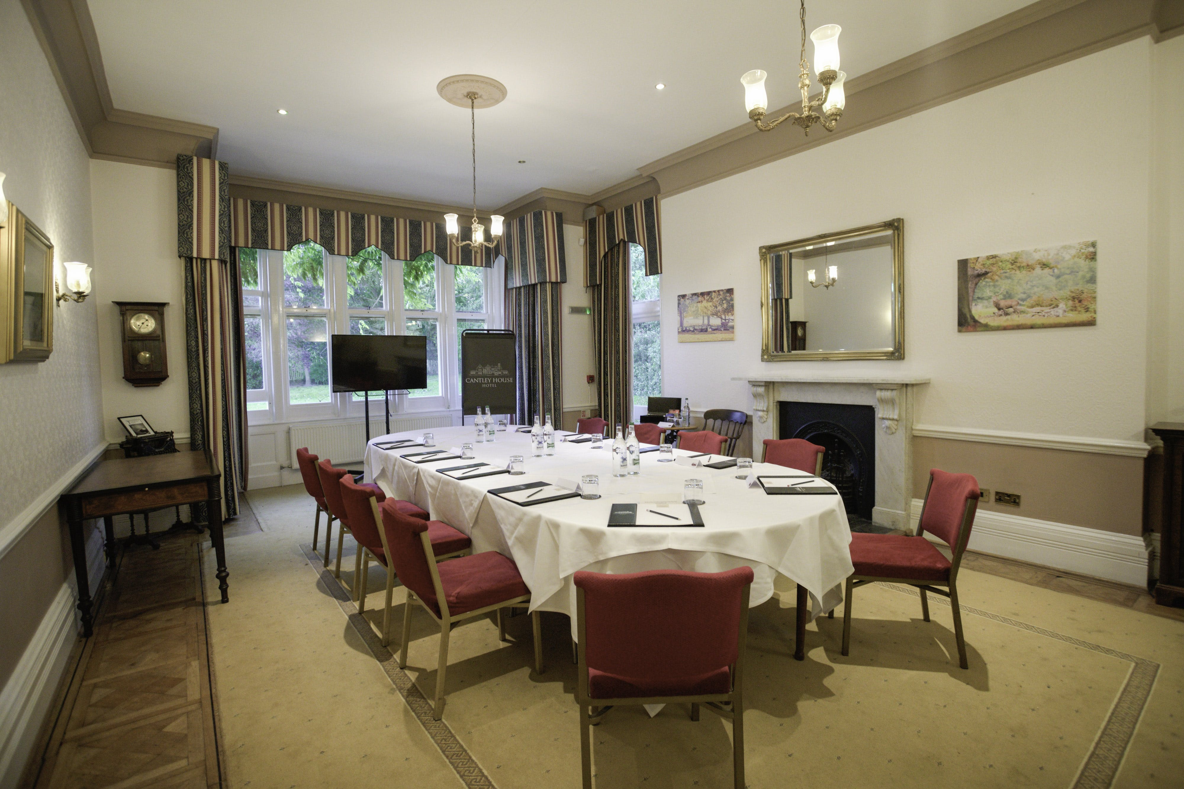 Meeting room hire near M4