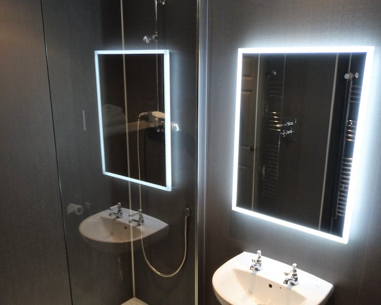 Ensuite bathroom Wokingham