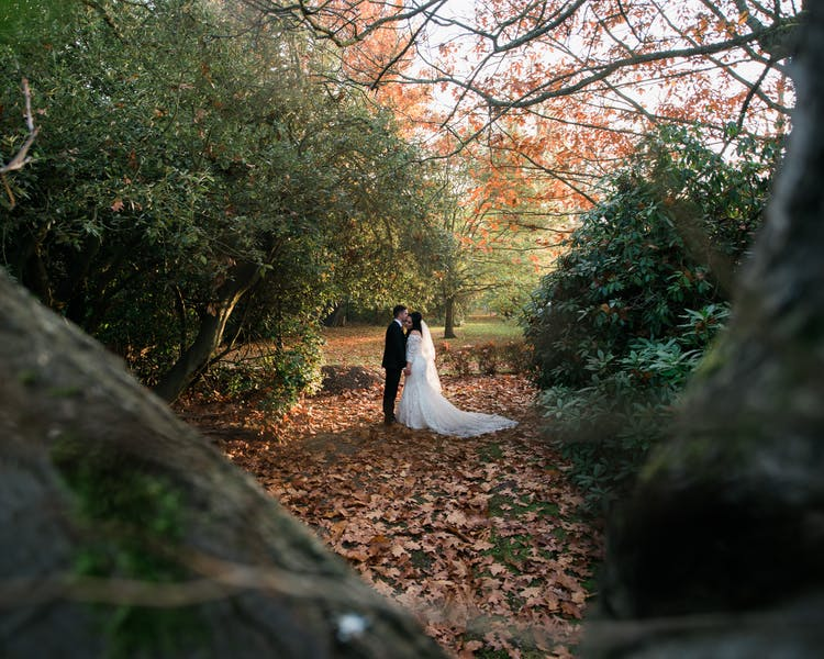 Autumn Wedding, Cantley House Hotel, Wokingham