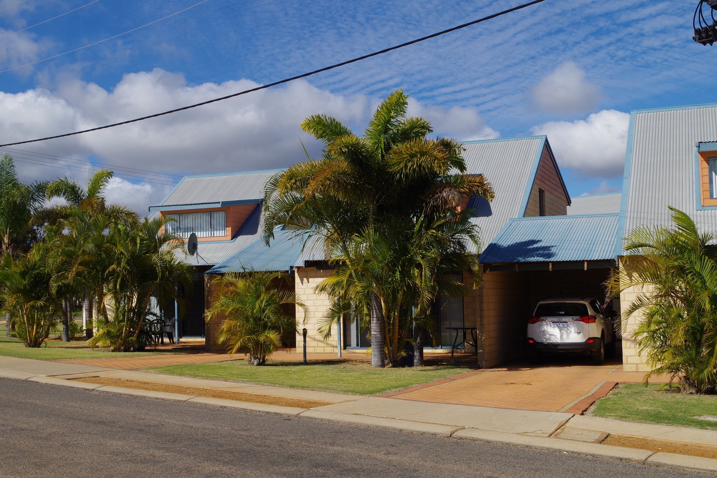 Looking for Kalbarri accommodation service? Kalbarri Hotel with One and Two bedroom Kalbarri holiday homes