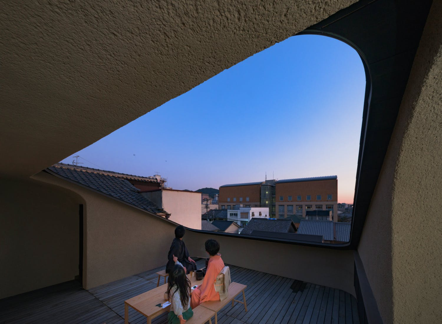 Kyoto Komatsu Residences - tea gathering in rooftop space