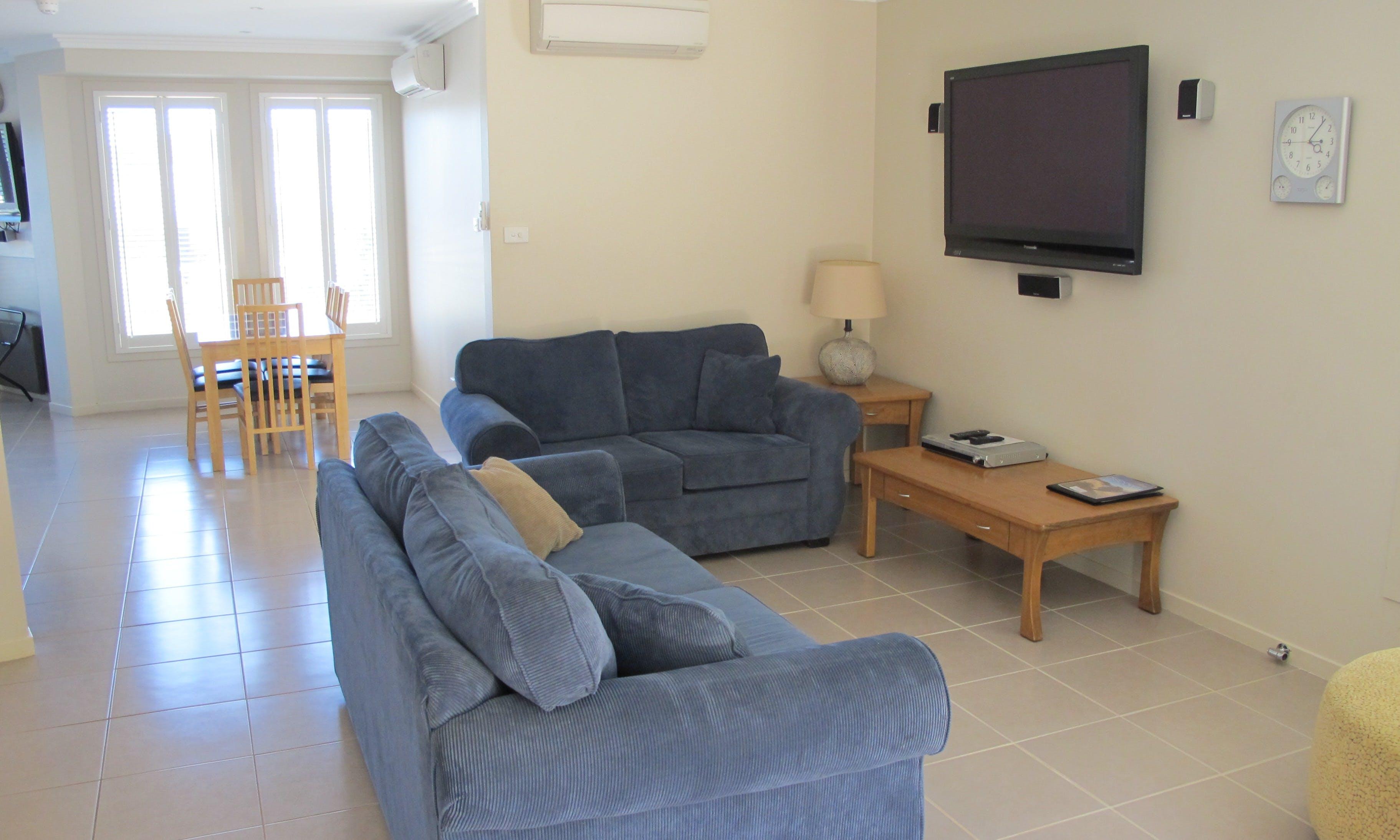 Three-Bedroom Apartment | Aston Hill Motor Lodge