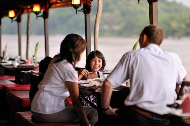 Luang Prabang restaurants lunch dinner things to do nava mekong