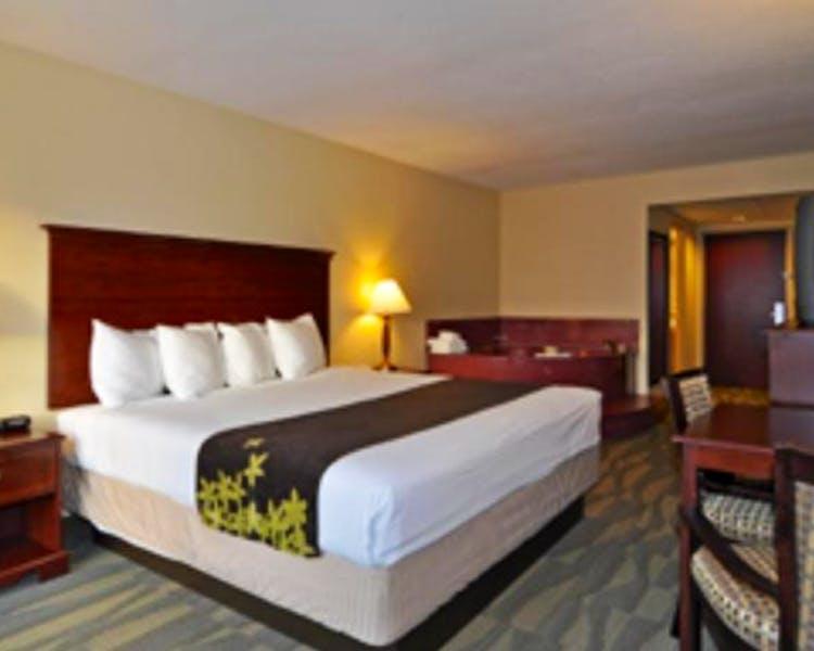Home | Gold Leaf Hotel of Dewey-Rehoboth Beach
