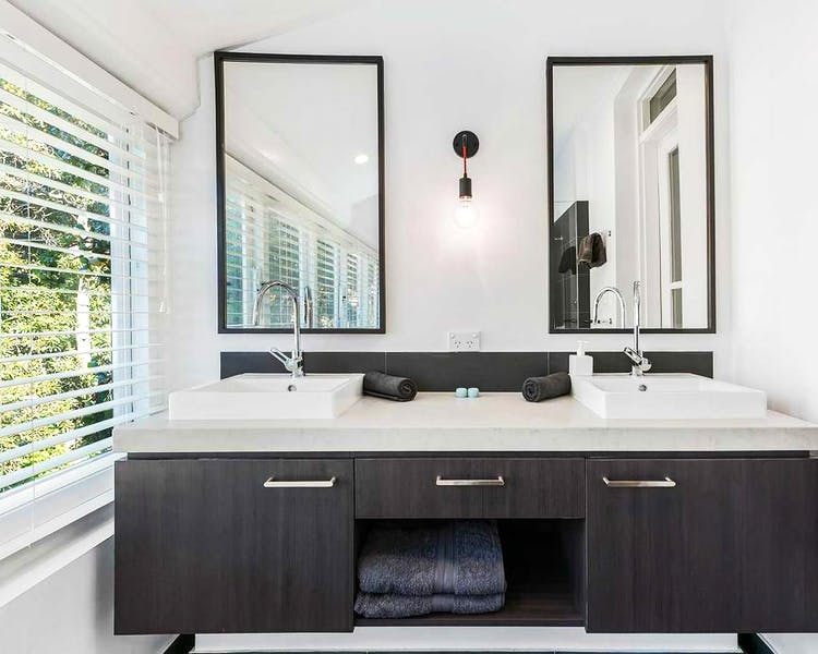 bathroom Kurrajong