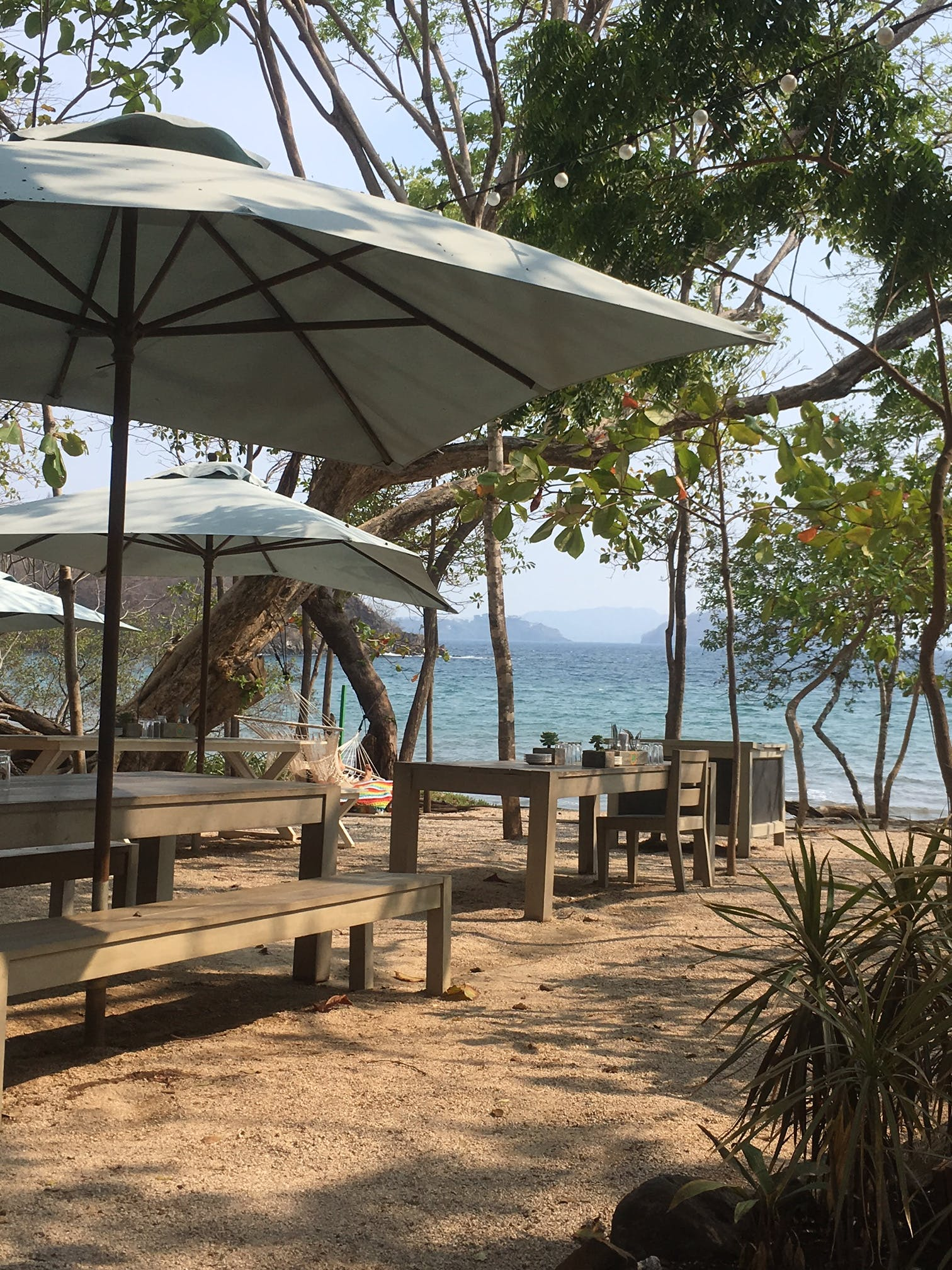 Limonada restaurant at Playa Danta