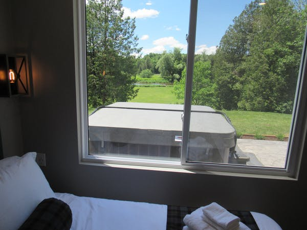 Fergus Suite bedroom view.