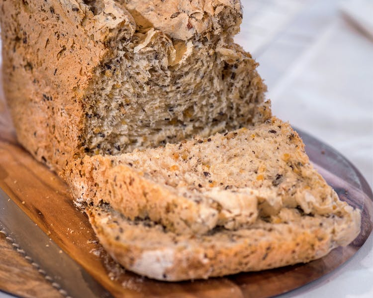 Homemade soy and linseed bread