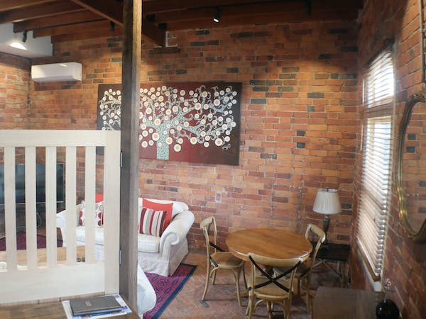 Stables Apartment stable door, Bon Accord B&B in Sale, Gippsland.