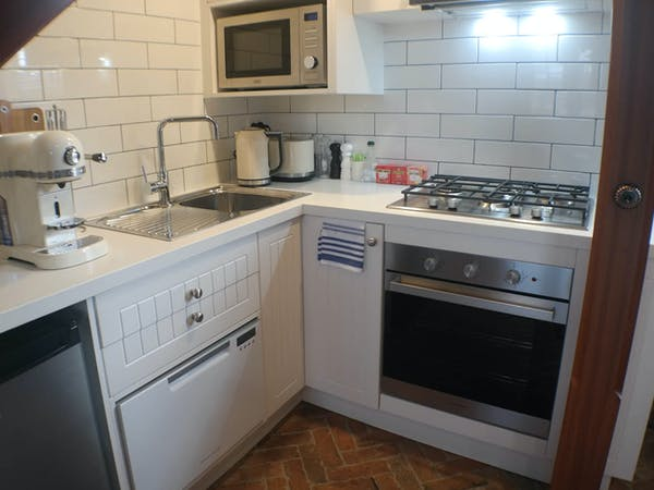 Stables Apartment kitchen Bon Accord B&B in Sale, Gippsland.