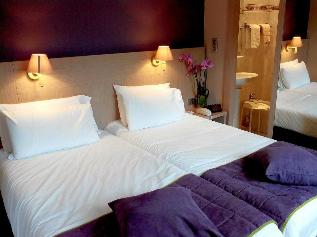 QUALITY HOTEL CHRISTINA LOURDES CHAMBRE TWIN