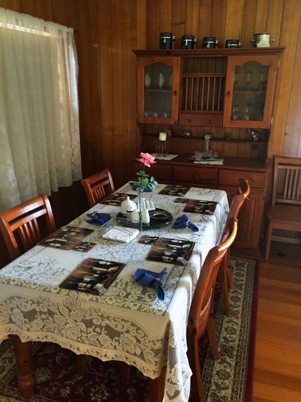 Admurraya House Rutherglen Accommodation Dining Table