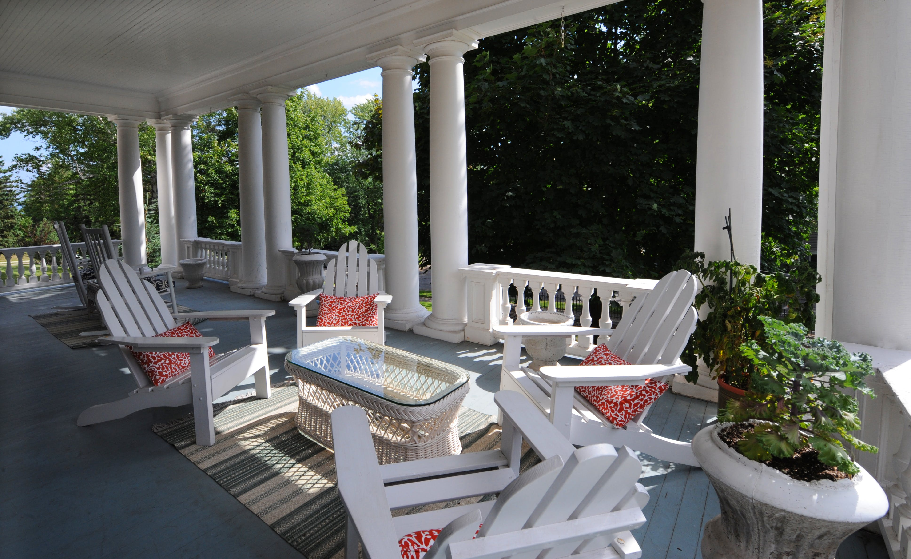 Grand Porch sitting area