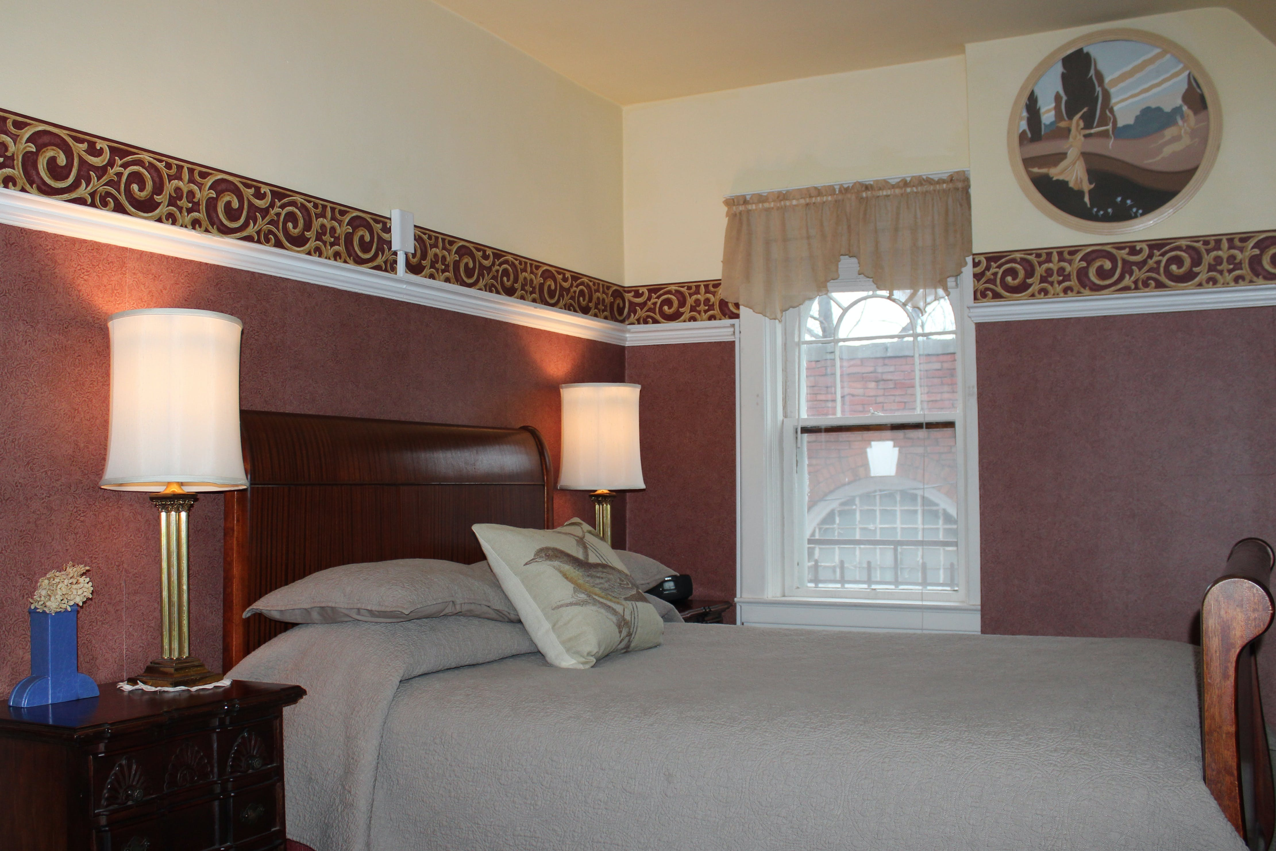 Carriage House Suite bedroom