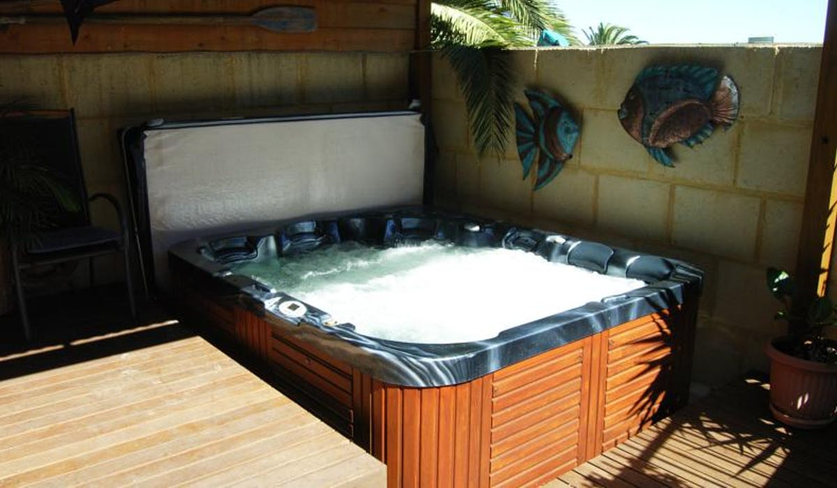 Heated Spa for your relaxtion