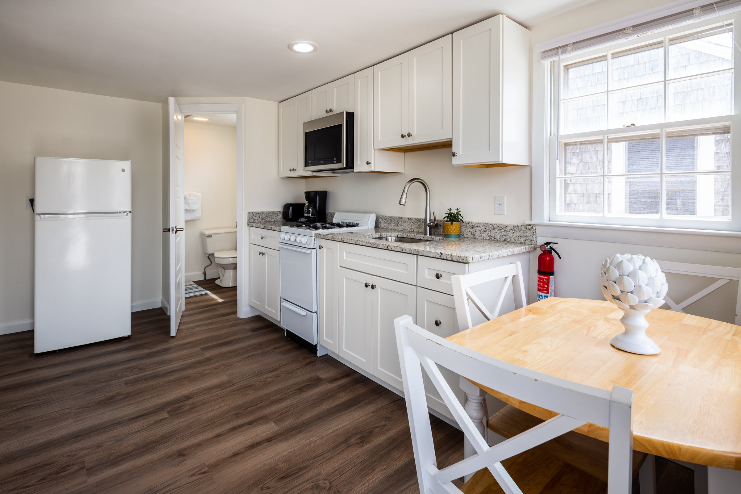 Truro Beach Cottages - Cottage #2 - kitchen